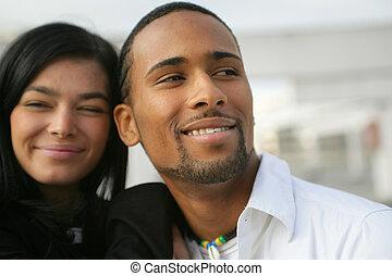 joven, pares americanos africanos