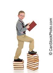 joven, prodigio, niño, en, libro