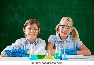 joven, químicos