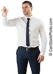 joven, serio, hombre de negocios, señalar