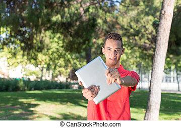 joven, tableta, hombre
