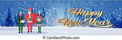joyeux, concept, santa, assistant, entiers, année, paysage, hiver, elfe, forêt, tenue, nouveau, noël, femme heureuse, claus, fond, horizontal, bannière, homme, boîte, cadeau, longueur