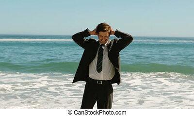 joyeux, plage, homme affaires