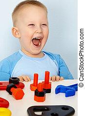 jubilante, crianças, com, brinquedos
