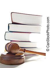 jueces, legal, martillo, y, apilado, libros de ley