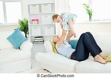 juego, familia , tener diversión, con, un, computador portatil