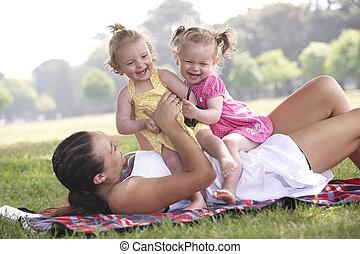 juego, hijas, madre