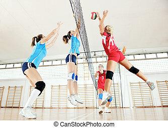 juego, interior, niñas, jugando voleibol