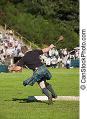 juegos, escocés, tierras altas, acontecimiento, peso, lanzamiento