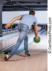jugador de bolos, intentos, toma, bowling., alfileres,...