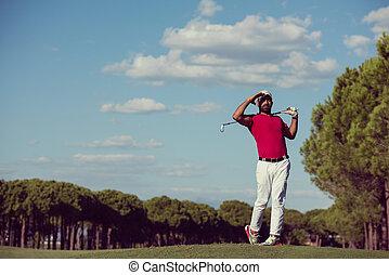 jugador, largo, golpear, golf, tiro