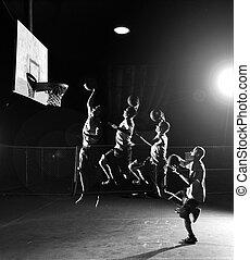 jugadores, baloncesto, se mueve, cuádruple