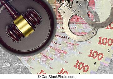 juge, action éviter, ou, marteau, hryvnias, bribery., desk., tribunal, police, concept, judiciaire, menottes, 100, ukrainien, impôt, procès, factures