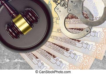 juge, hryvnias, 100, marteau, factures, ukrainien, police, menottes, procès, judiciaire, concept, bribery., desk., ou, action éviter, impôt, tribunal