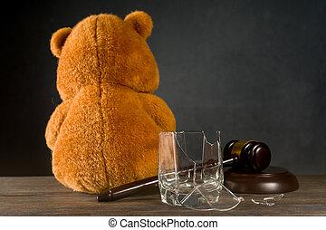 juge, parental, verre., ou, teddy, dû, cassé, privation, divorce, concept, ours, droits, alcoholism., marteau