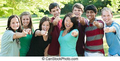 jugendlich, gruppe, draußen, ethnisch, friends, glücklich