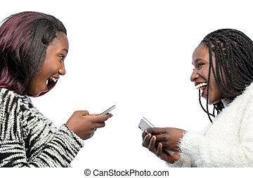 jugendlich, reizend, phones., mädels, lachender, afrikanisch, klug