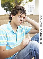 jugendlich, sitzen, unglücklich, draußen, student, schritte...