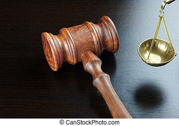 juges, marteau, et, reproportionnez justice, sur, les, noir, table