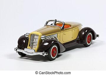 juguete, vendimia, coche modelo, con, rojo, ruedas