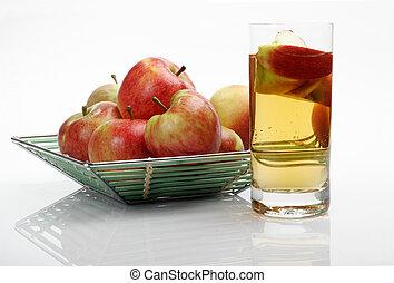 Juice & apples