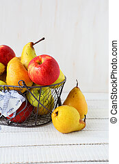 juicy apples and pears