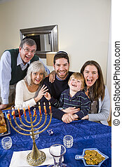 juif, célébrer, famille, chanukah