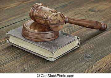 juizes, topo madeira, livro, gavel, tabela, lei