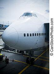 Jumbo Jet - 747 at the dock, preparing to take off