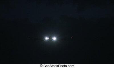 Jumbojet approach at night