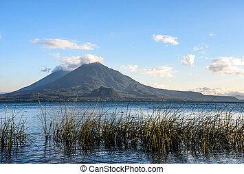 jumeau, volcans, lac, guatemala, atitlan
