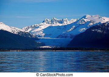 Juneau\\\'s Mendenhall Glacier - Mendenhall Glacier in...