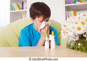 junge, blasen, vordergrund, junger, sprays, andere, nase, nazal, medikation