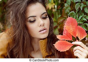 junge frau, draußen, portrait., makeup., herbst, style.