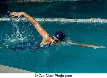junge frau, in, blaue kappe, und, schwimmen- klage, in, teich