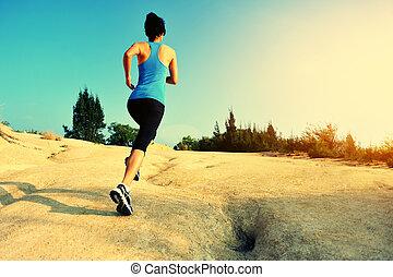 junge frau, läufer, rennender