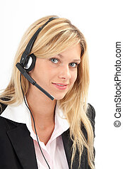 Headset - Junge Frau lacht freundlich am Headset