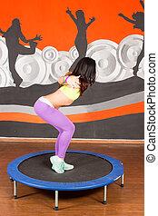 junge frau, tänzer, springende , mit, disheveled, haar, auf, studio, hintergrund., glücklich, weibliche , genießen, fitness, und, zumba, dance.