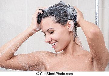 junge frau, wäsche, kopf, per, shampoo