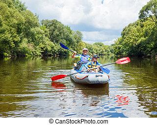 junge, mit, seine, vater, kayaking