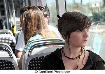 junge person, auf, der, kleinbahn