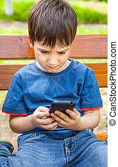 junge, smartphone, spiele, spielende