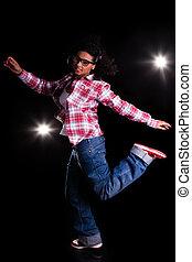 junger, afrikanische amerikanische frau, tanzen