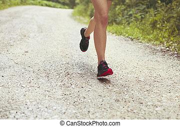 junger, fitness, frau, läufer, athlet, rennender , an, straße