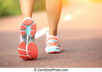 junger, fitness, frau, riunner, beine