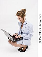 junger, geschäftsfrau, sekretärin, oder, schueler, mit, laptop, freigestellt