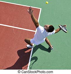 junger mann, spielen, tennis, draußen