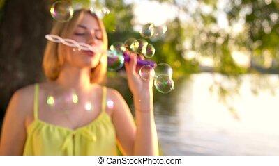 Schöne Blasen-Videos
