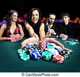 junger, schöne frau, spielende , in, kasino