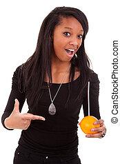junger, schwarze frau, trinken, jus d orange